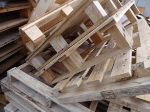 Holz (Klasse 1) - LiNDENBERGER Container und Entsorgungsservice